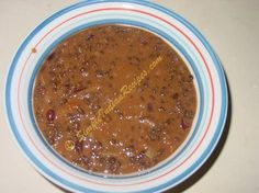 DHAL MAKHANI Whole Black Urad Dal - 1/2 cup Rajma (Kidney Beans) - 3 tblsp Chopped Onions - 1/2 cup Tomato Puree - 1/2 cup Garlic Paste - 1 tblsp Cumin Seeds - 1 tsp Red Chilly Powder - 1 tblsp Cumin Powder - 1 tsp Corriander Powder - 2 tsp Fresh Cream - 3 tblsp Salt - to taste