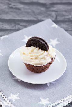 Backen macht glücklich | Einfache Oreo-Cupcakes mit Creamcheese-Frosting | https://www.backenmachtgluecklich.de