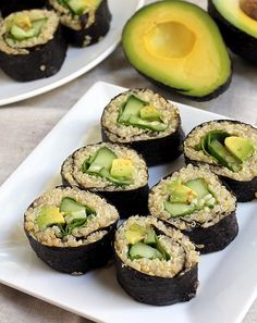 Quinoa Avocado Sushi Quinoa Avocado, Cucumer, and Spinach Sushi 1 cup quinoa 2 cups water 3 tbsp brown rice vinegar 1 tsp maple syrup pinch salt 1 small cucumber handful of spinach 1 california avocado 4 sheets nori sushi wrap Cucumber Recipes, Sushi Recipes, Whole Food Recipes, Vegetarian Recipes, Cooking Recipes, Healthy Recipes, Cucumber Rolls, Cucumber Salad, What's Cooking