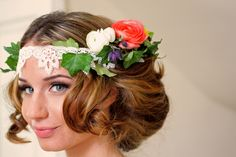 "this is a ""half"" floral halo...could have lace or just a simple piece of brown vine wire across the front instead of lace."