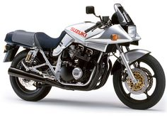 If you didnt own a SUZUKI KATANA, then you missed out on one of the most epic motorcycles ever built Gsx Suzuki, Motos Suzuki, Suzuki Bikes, Motorcycle Logo, Suzuki Motorcycle, Classic Road Bike, Classic Bikes, Motorbikes Women, Retro Bike