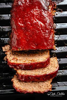 the best tender and juicy Meatloaf with a delicious shiny glaze! Cheap, easy and quick to prepare, let the oven do all the work for you! Grilled Meatloaf, Meatloaf Glaze, Best Meatloaf, Meatloaf Recipes, Meat Recipes, Whole Food Recipes, Cooking Recipes, Stuffed Meatloaf, How To Make Meatloaf