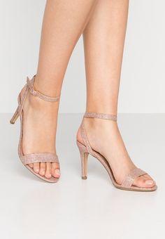 Sandaletter, strl. 38. Rea 206:- Zalando.se Stuart Weitzman, New Look, Rose Gold, Heels, Shopping, Fashion, Heel, Moda, Fashion Styles