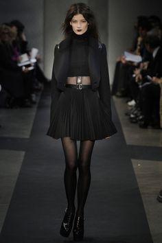 #black #bold #runwaystyle
