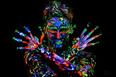 Behind the Scenes: Project Solidus - by Björn Lubetzki Neon Party, Amazing Ideas, Psychedelic, Behind The Scenes, Body Art, Photographers, Faces, Projects, Black