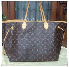Neverfull Purse on sale - Just $227.99. Save Big, Buy Now!!! #Louis #Vuitton #Neverfull #Handbags #Fashion
