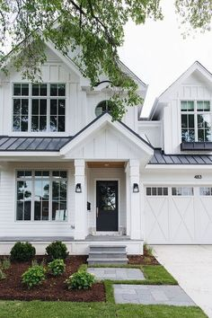 White exterior paint color How to choose the right white paint color for exteriors White siding exterior paint color White Farmhouse Exterior, White Exterior Paint, White Siding, Exterior Siding, Modern Exterior, Exterior Design, Stone Exterior, Exterior Signage, Cottage Exterior
