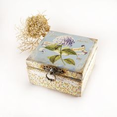 Vintage Hydrangea Box  for jewelry  vintage look by Alenahandmade, $45.00