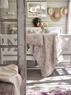 Beautiful use of textures in a monochromatic room.