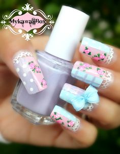 Each set contains 10 pieces handmade Japanese 3D design Nails. -Long size nails -Acrylic 3d designs Thumb: 16mm Finger 1: 11mm Finger 2: 13mm Finger 3: 12mm Finger 4 9mm Not your size? Please write down your nail measurement in the note box when you purchase.