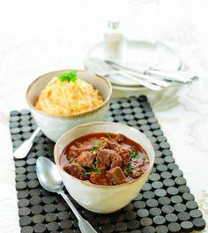 Carne Estufada com Puré de Batata e Cenoura