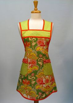 Womens Full Apron Vintage Inspired Retro by SwankyPlaceAprons, $22.50