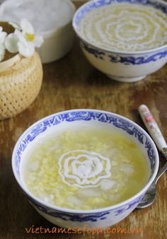 Pomelo Sweet Soup Recipe (Chè Bưởi) from http://www.vietnamesefood.com.vn/vietnamese-recipes/vietnamese-dessert-recipes/pomelo-sweet-soup-recipe-che-buoi.html