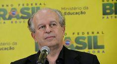 EDUCAÇÃO - JORNAL O RESUMO: Ministro da Educação afirma não ter verba para nov...