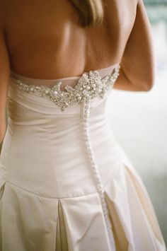 can't get enough of the jeweled detail on this dress by http://www.victorianicole.com/  Photography By / meredithperdue.com