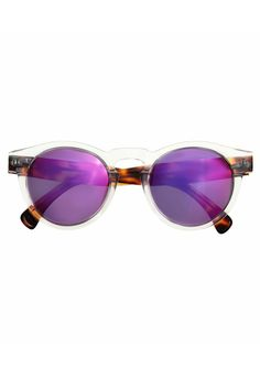 The BEST Valentine's Day Gifts For Every Zodiac Sign #refinery29  http://www.refinery29.com/valentines-gift-horoscope#slide-18  Leo (July 23 to August 22) Bold and eye-catching are the perfect adjectives to describe a pair of Illesteva sunnies. And, as it happens, Leo, too.