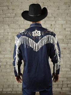 Rugged Men's western shirts from the original manufacturer of the western snap shirt. Cowboy Outfits, Western Outfits, Western Shirts, Vintage Western Wear, Vintage Men, Dolly Parton Costume, Chemises Country, Mens Trends, Country Fashion