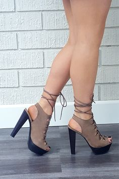 These might be my fav pair of pumps ever!