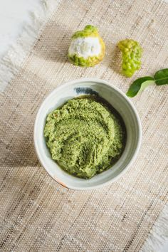 A super quick and easy, vegan Thai Green Curry Paste recipe made without shrimp paste, fish sauce, or the elbow grease needed with that mortar and pestle! Done in 10 minutes, you can freeze what you don't use for an easy mid-week curry. #easycurrypaste #vegancurrypaste #greencurrypaste #greencurrypastevegan #greencurrypasteeasy #thaigreencurrypaste #homemadecurrypaste #currypaste #easycurry #quickdinner #currypasterecipe #vegetariancurry #vegancurry #currypastecoconutmilk #vegandinner…