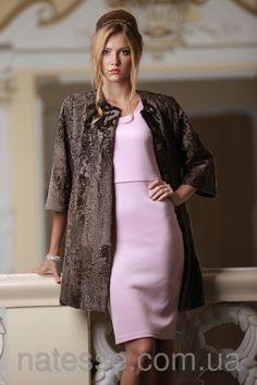 SWAKARA broadtail fur jacket женское пальто из каракульчи свакара SWAKARA цвета какао