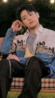 Foto Jungkook, Jungkook Selca, Kim Namjoon, Kim Taehyung, Jungkook Cute, Foto Bts, Bts Bangtan Boy, Bts Boys, K Pop