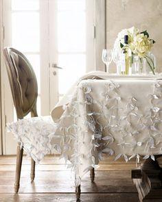 linens, simple flowers, i love it