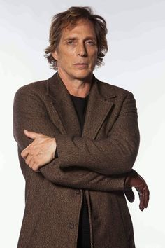 Crossing Lines - William Fichtner