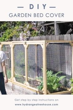 Diy Garden Bed, Veg Garden, Vegetable Garden Design, Vegetable Gardening, Diy Raised Garden Beds, Small Garden Fence, Fenced Garden, Garden Bed Layout, Raised Vegetable Gardens