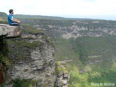 O Vale do Capão está localizado há 445 km de Salvador, um dos locais de saída para o Vale do Pati e outras diversas atrações naturais da Chapada Diamantina