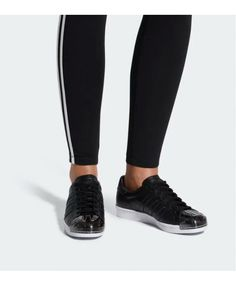 adidas Originals Superstar women's sneakers will forever be an an icon. See all colors and styles for women in the official adidas online store. Cheap Adidas Nmd, Adidas Men, Adidas Sneakers, Black And White Shoes, All Black Sneakers, Superstars Shoes, Adidas Superstar, Mens Fashion, Women