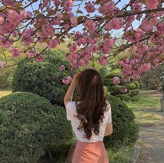 Korean Aesthetic, City Aesthetic, Aesthetic Photo, Aesthetic Girl, Aesthetic Pictures, Japanese Aesthetic, Aesthetic Vintage, Aesthetic Anime, Best Filters For Instagram