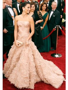 The Best Oscar Dresses of All Time: Penelope Cruz, 2007, Atelier Versace