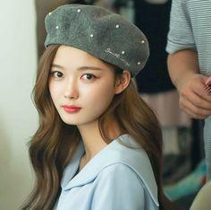 9 Korean Makeup Looks – My hair and beauty Korean Actresses, Korean Actors, Korean Beauty, Asian Beauty, Kim Yu-jeong, Kim Joo Jung, Kwak Dong Yeon, Lee Bo Young, Korean Entertainment News