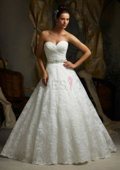Beautiful A-line lace gown.