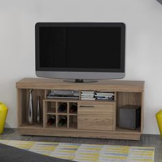 Gostou desta Rack para TV Lenon 390015 Amêndoa - Madetec, confira em: https://www.panoramamoveis.com.br/rack-para-tv-lenon-390015-amendoa-madetec-7711.html