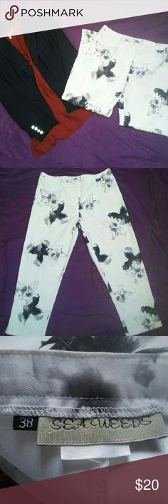 """Floral print pants! Super chic cropped pants for sale, size 38  women's which equals a size 8 US (made by South African brand """"Sea Weed""""). Very dark navy blue flowers on white background. Vintage blazer is in separate posting. Red shirt for styling purposes only, not for sale. Sea Weeds Pants Ankle & Cropped"""