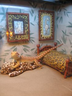Juvenile Bearded Dragon COMPLETE Viv Set by GretasBeardieGarb, $50.00