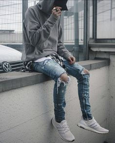 "363 Likes, 17 Comments - FITS ON POINT (@fitsonpoint) on Instagram: ""#FitsOnPoint featuring @blvckxbrdn: Cap: Vntch Clothing Hoodie: Khzari Tank: Mnml.la Jeans:…"""