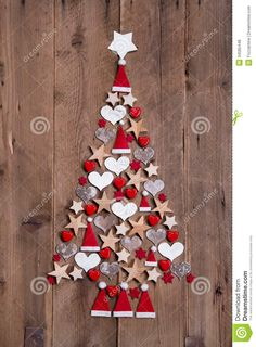 20 Classic Christmas Wall Trees To Copy Right Now 17 – Christmas Tree Decoration Ideas – Ansicht Country Christmas Trees, Christmas Wall Art, Diy Christmas Tree, Christmas Door, Xmas Tree, Christmas Projects, Christmas Holidays, Christmas Ornaments, Christmas Cookies