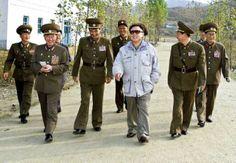 Pyongyang North Korea Leader | North Korean leader Kim Jong Il (c.) walks with Korean People's Army ...