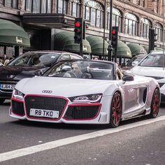 Crazy audi r8  : @staeldo  #car #supercar #sportscar #hypercar #porsche #ferrari #lamborghini #lambo #bugatti #carporn #itswhitenoise #bmw #mclaren #turbo #engine #driving #amazingcars247 #speed #wheels #Bentley #audi #mercedes #road #rollsroyce #likes #follow #thecarsyouwant