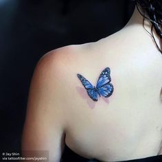Butterfly tattoo is one of the most popular tattoo ideas. Butterfly tattoos are becoming more and more popular because of their colorful appearance. Elegant Tattoos, Dainty Tattoos, Small Girl Tattoos, Little Tattoos, Pretty Tattoos, Unique Tattoos, Tattoo Small, Butterfly Ankle Tattoos, Butterfly Tattoos On Arm