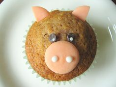 Animal Muffins:  A Kid Snack ok, maybe as a chocolate muffin or cupcake and then taking spag noodles or something to stick around the nose for the mole animal???