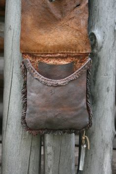 Bark tan hunting bag by Grant Davis.