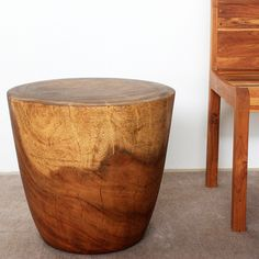 Monkey Pod Wood Walnut Oil Finished Oval Drum End Table (Thailand)    Overstock