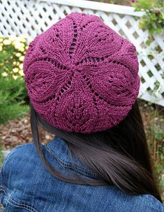 Foliage Hat and Cowl Set by Quenna Lee $5 4 ply (hat is bottom up)