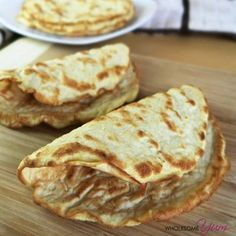 Low Carb Paleo Tortillas with Coconut Flour Ingredients) - This easy, paleo, low carb tortillas recipe with coconut flour requires just 3 ingredients! These gluten-free wraps are also healthy, keto Tortillas Paleo, Coconut Flour Tortillas, Coconut Flour Recipes, Keto Snacks, Snack Recipes, Cooking Recipes, Bread Recipes, Recipes Dinner, Gnocchi Recipes
