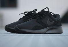 Nike Kaishi Run 'Triple Black'