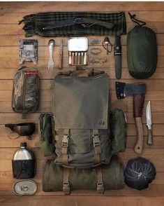 Would you like to go camping? If you would, you may be interested in turning your next camping adventure into a camping vacation. Camping vacations are fun and exciting, whether you choose to go . Bushcraft Kit, Bushcraft Camping, Bushcraft Backpack, Camping Survival, Go Camping, Camping Hacks, Outdoor Survival, Camping Outdoors, Hiking Outdoor
