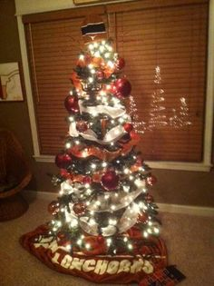 longhorn christmas tree - College Christmas Decorations